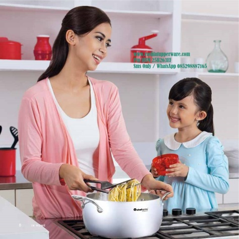w Katalog Reguler Tupperware 2015 11 November 008